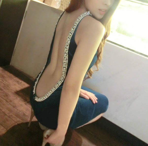 Robe sans manches col rond perles Diamante Backless faisceau taille paquets Fesses Femmes Sexy