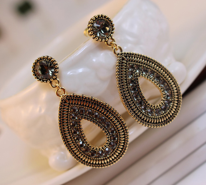 Pair of Ethnic Style Diamante Waterdrop Shape Pendant Earrings For Women