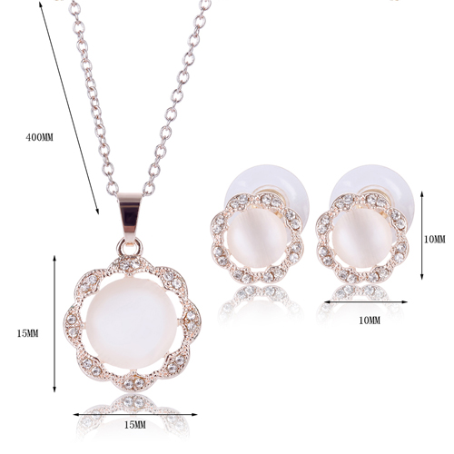 Rhinestone Floral Shape Faux Gem Necklace and Earrings