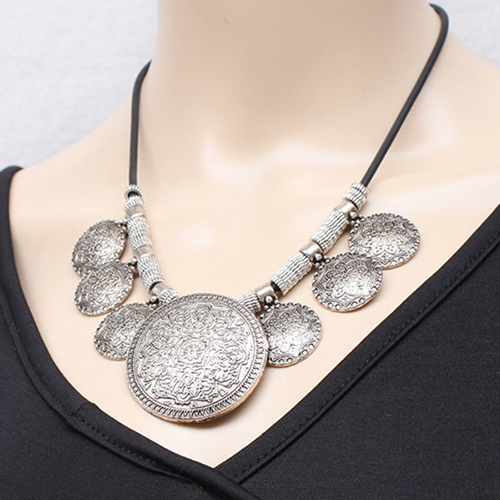 Vintage Faux Leather Rope Engraved Floral Necklace