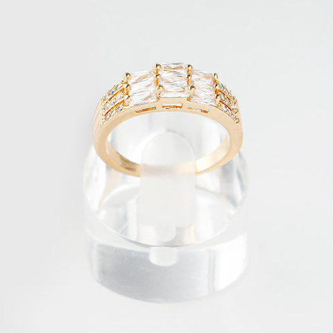 Gorgeous Rhinestone Alloy Rectangle Ring For Women