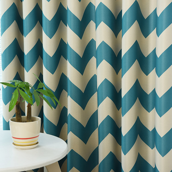 Vague Stripe Design Sun-Shading Blackout Curtain