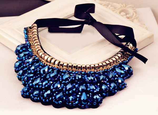 Vintage Handmade Crystal Fake Collar Necklace