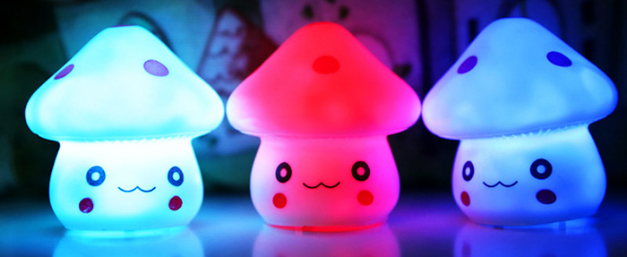 Magic LED Mushroom Night Light PVC Novelty Lamp Changing Color Toy
