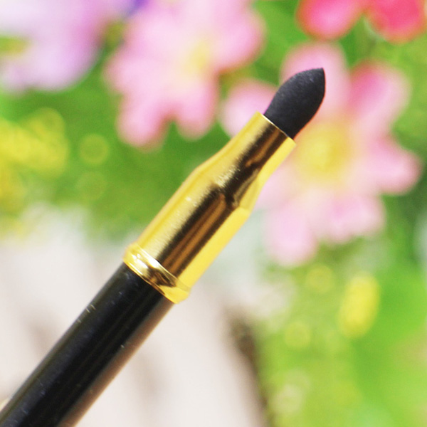 15 Couleurs Double-End Brighten Lip Liner Highlight élégant crayon Silkworm Crayon Eyeliner