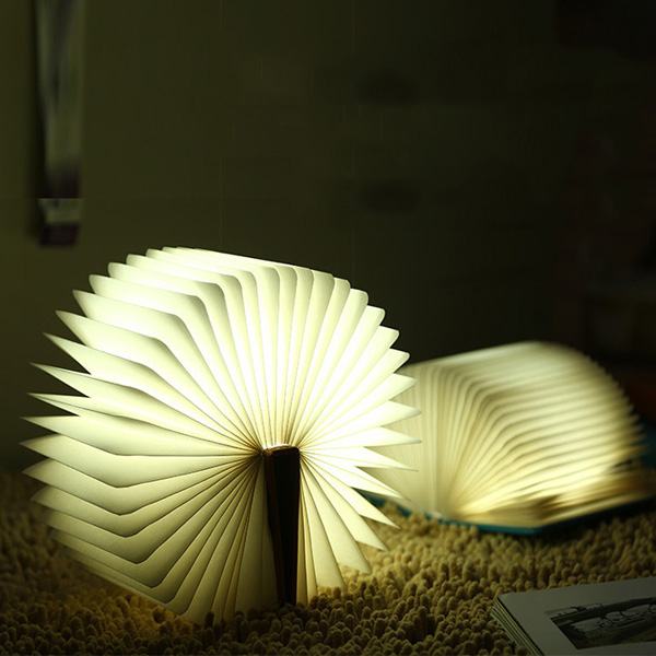 Creative 4color Change pliant Book Table de chevet LED Night Light