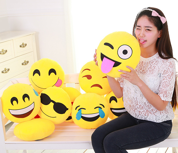 Smile Face Pattern Pillow Case