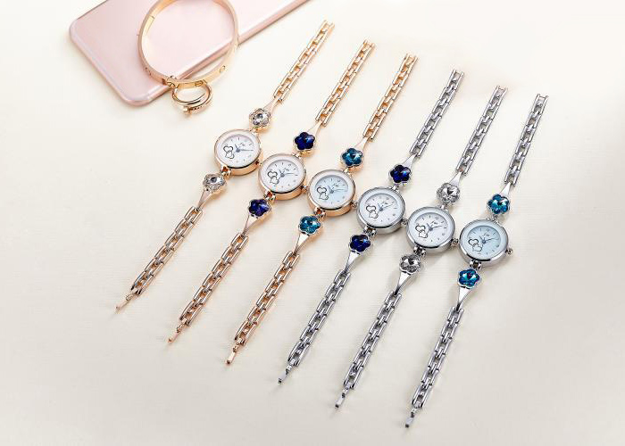 JW Alloy Band Rhinestone Flower Bracelet Watch