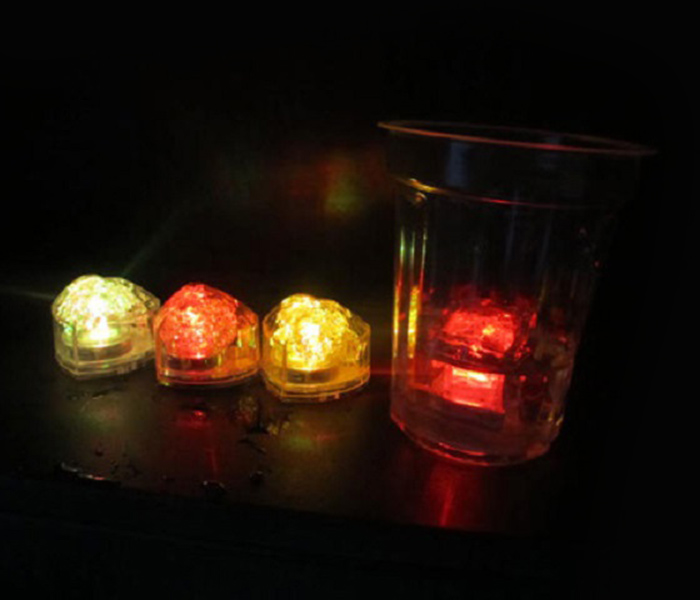 Coeur LED Light Up Clignotant Ice Cube
