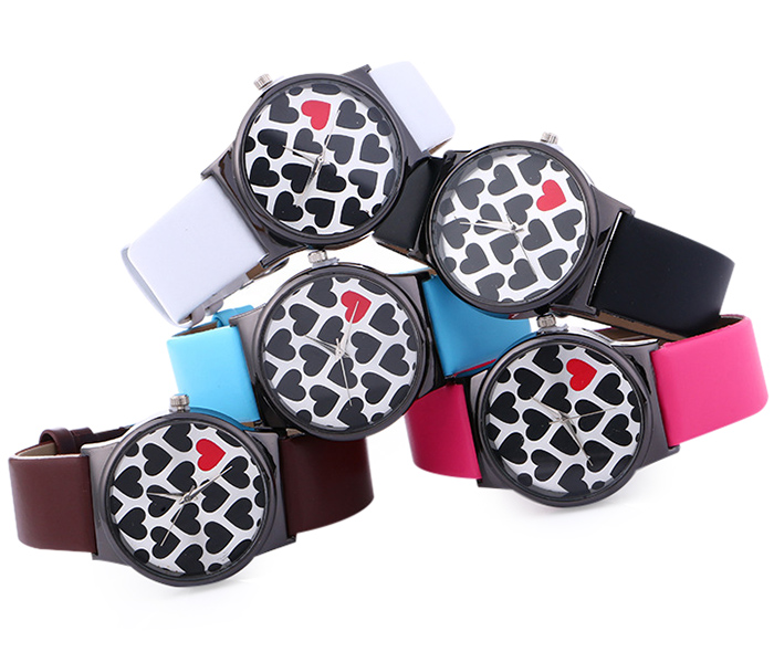 Faux Leather Strap Heart Pattern Watch