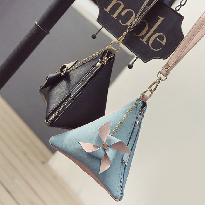 Triangle Shaped Color Block Wristlet