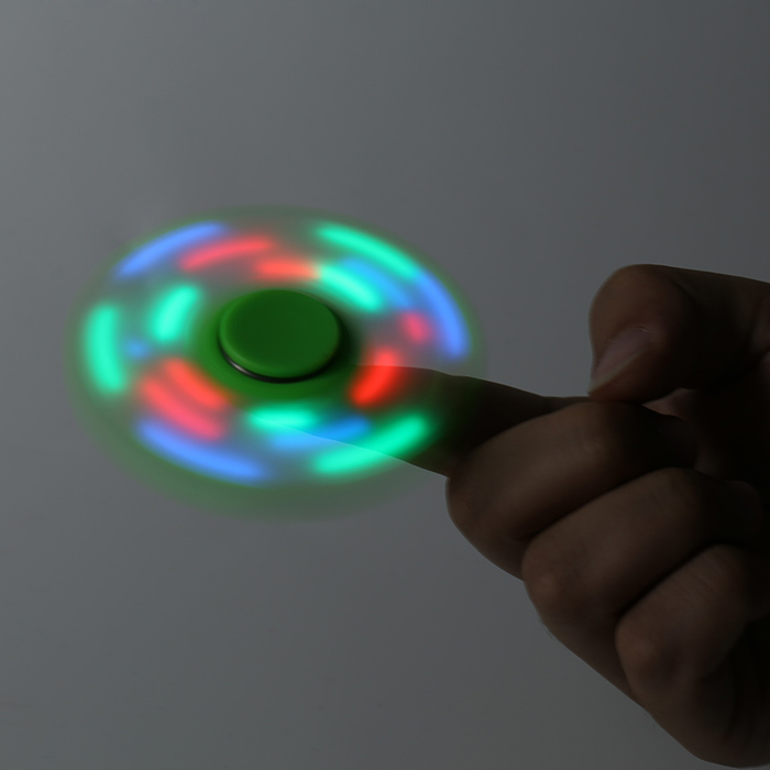 Juguete de juguete coloridos luces intermitentes de LED Bat Fidget Spinner