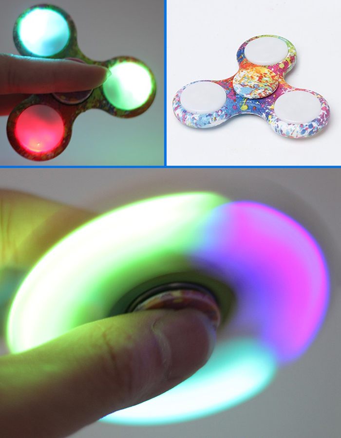 Tri-bar Patterned Fidget Spinner with Flashing LED Lights