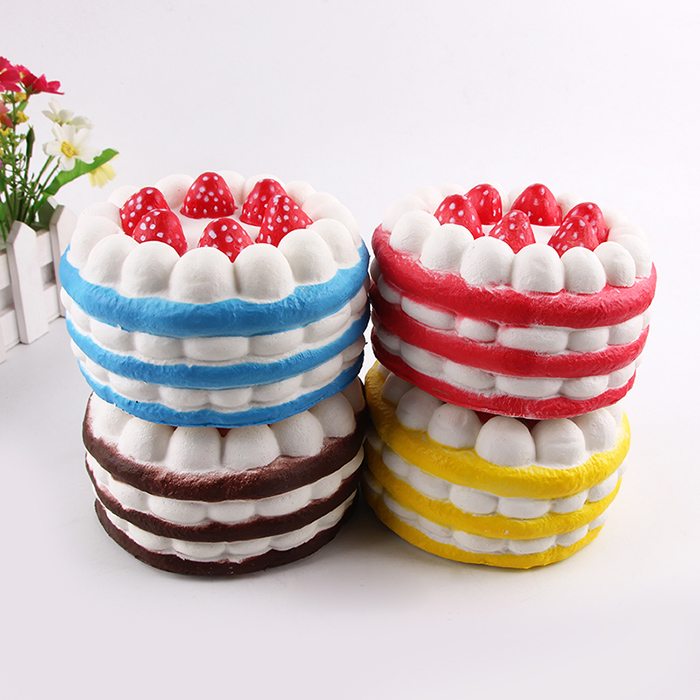 Strawberry Cake Slow Rising Squeeze Squishy Juguetes