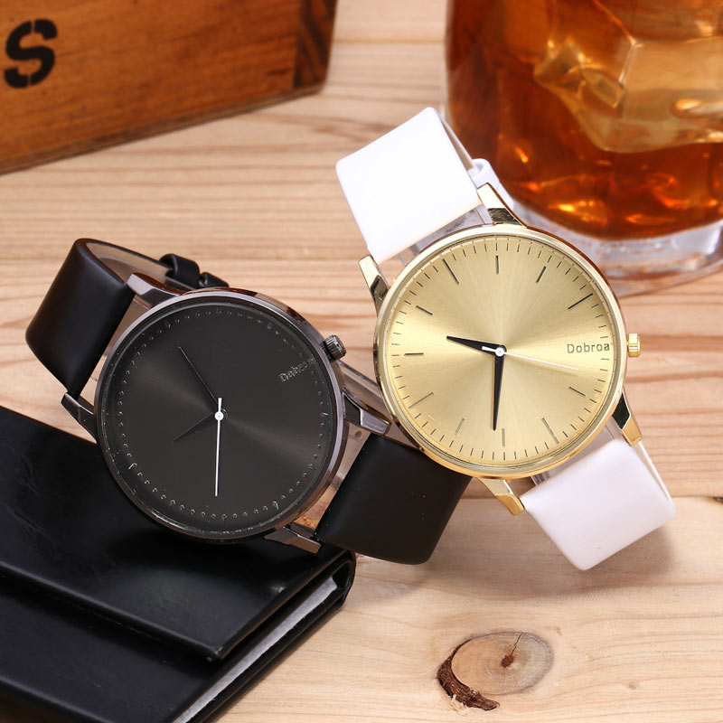 Faux Leather Strap Minimalist Quartz Watch