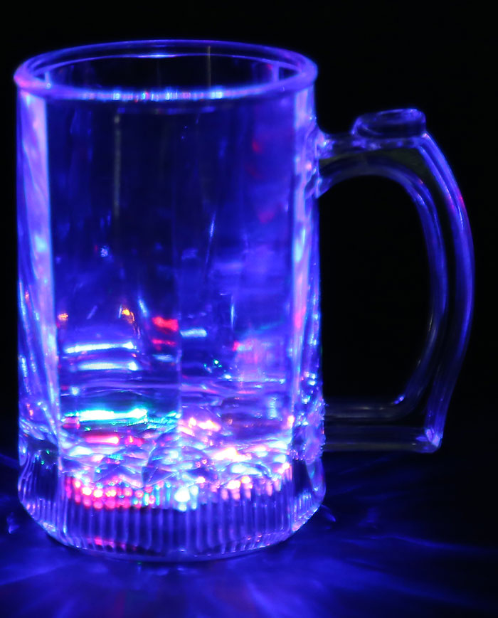 Inductivo Rainbow Color Flash LED Luminoso Gran Copa de Cerveza